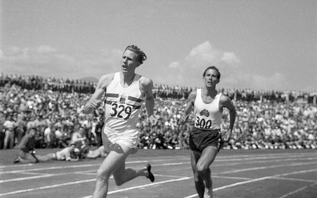 The day Sir Roger Bannister reclaimed the 4 minute Mile ...